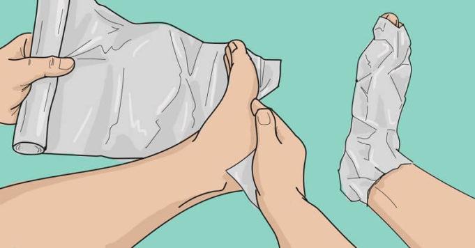 Zabalte si nohy do několika vrstev alobalu. To, co se stane za hodinu, překvapí i vašeho lékaře